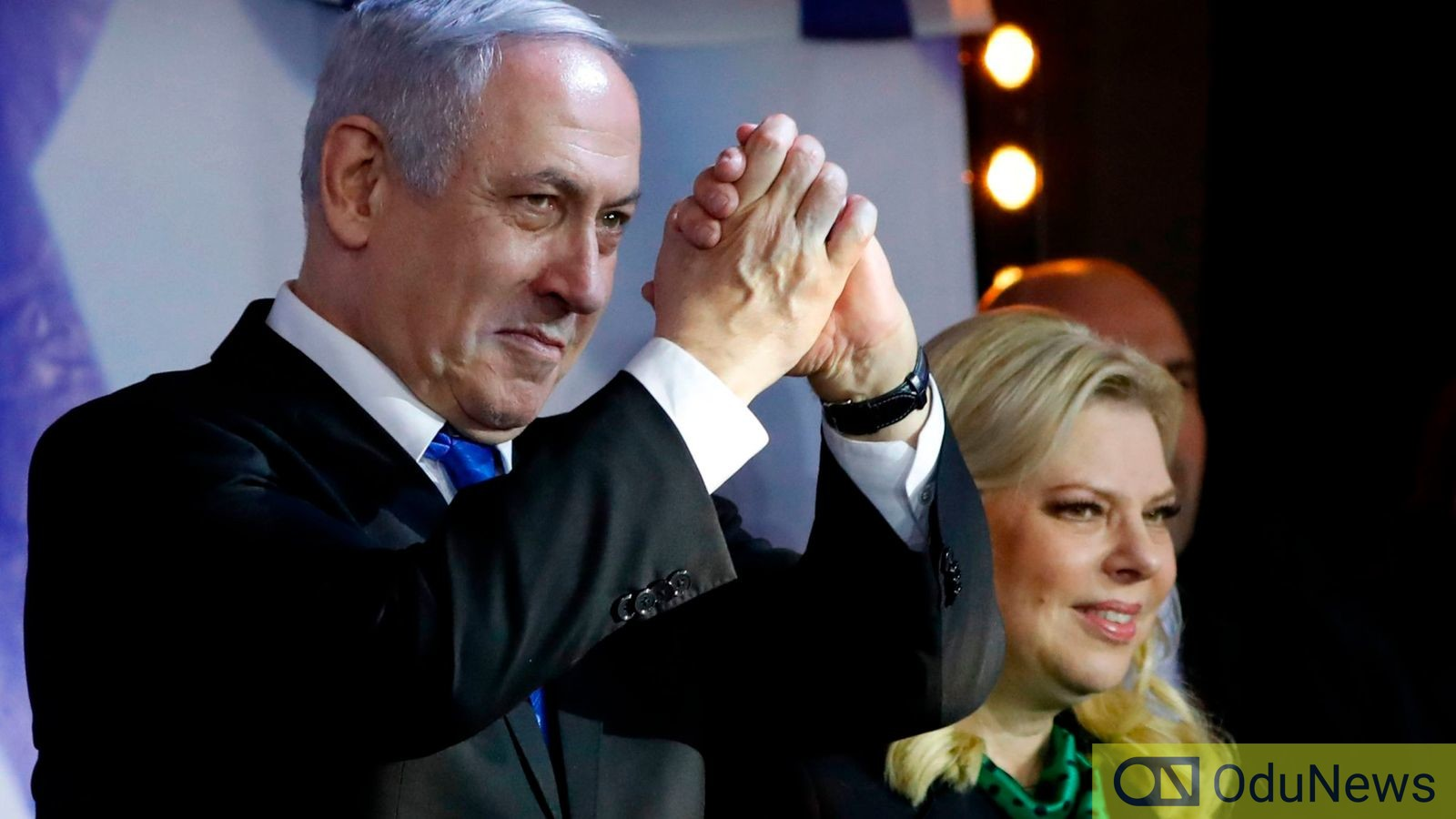 Benjamin Netanyahu thanking member of the party after he was declared winner
