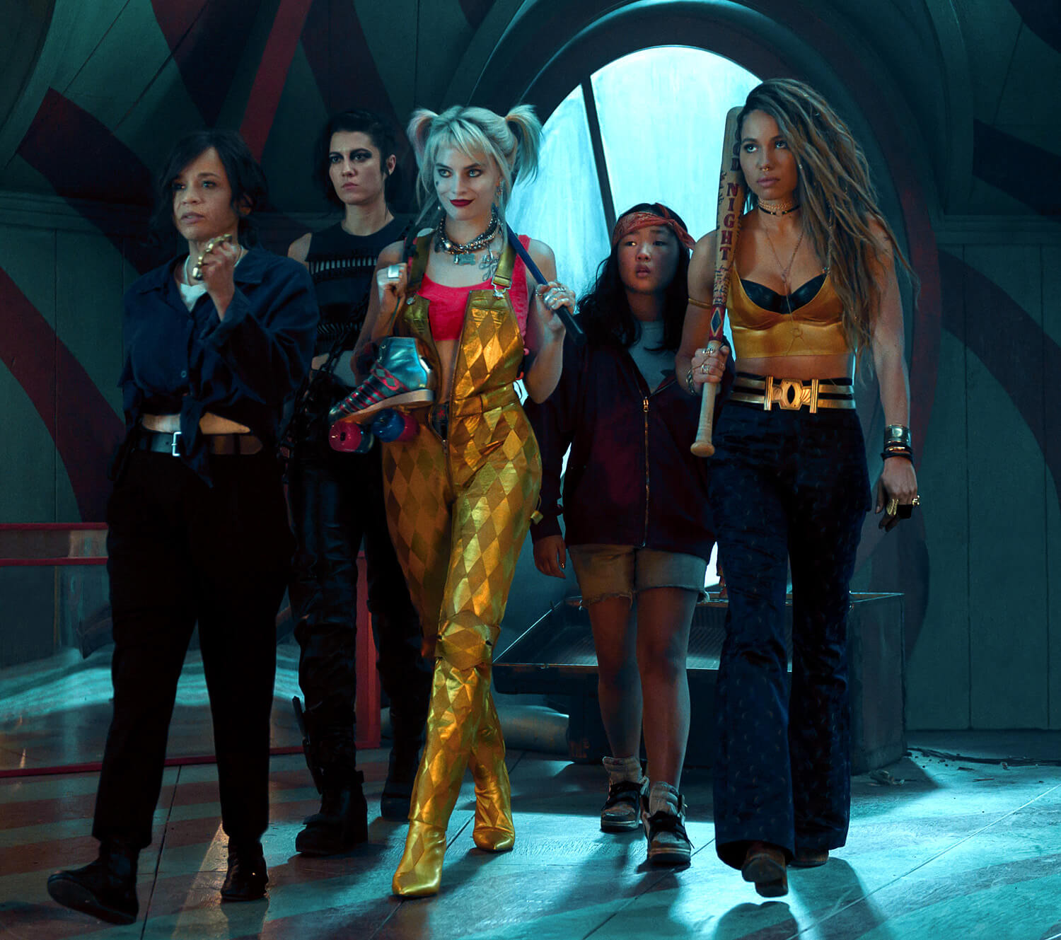 The female leads of Birds of Prey