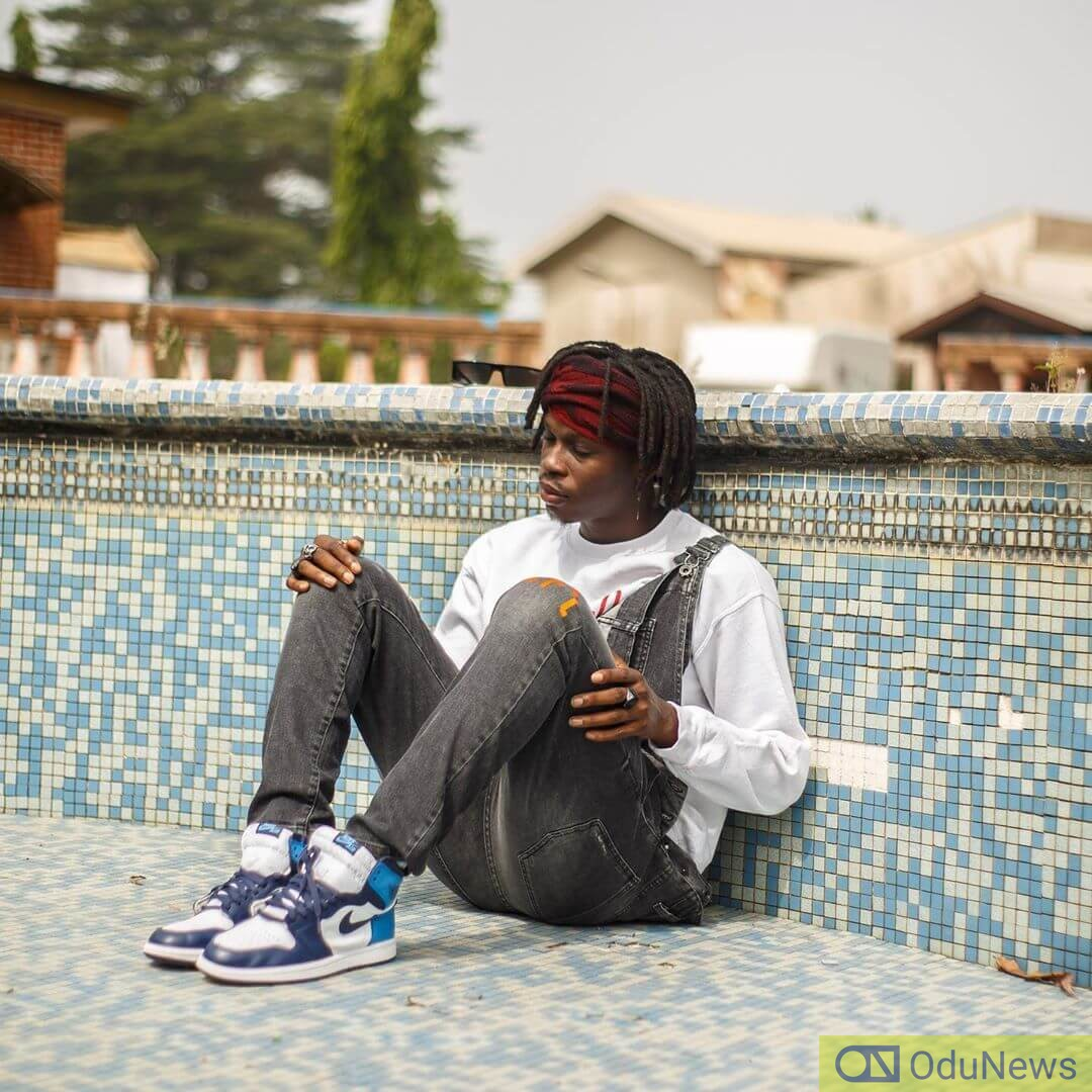 Fireboy DML makes lovable memories in his new video