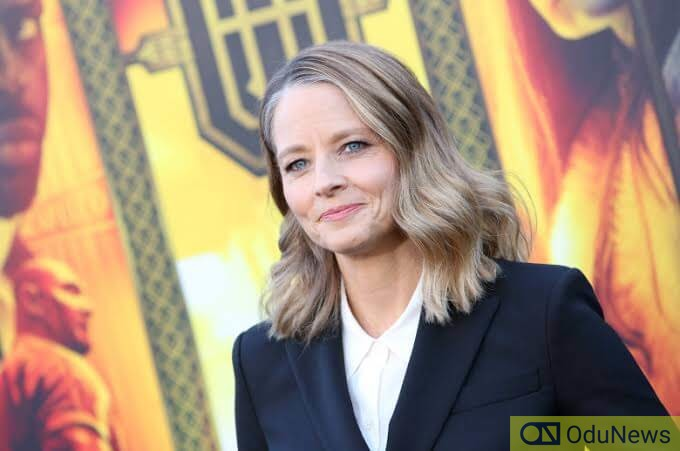 Jodie Foster to direct movie on the steaking of the Mona Lisa