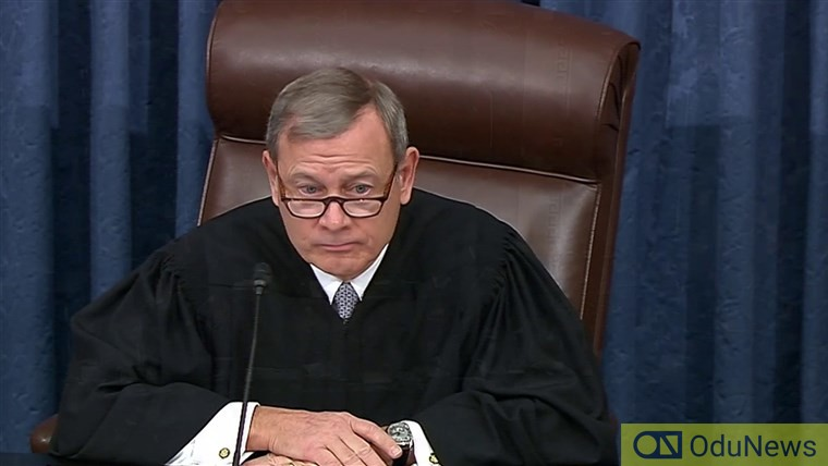 Chief Justice John Roberts ignores Rand Paul whistleblower question