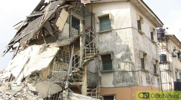 BREAKING: Man Trapped As Three-Story Building Collapses In Lagos