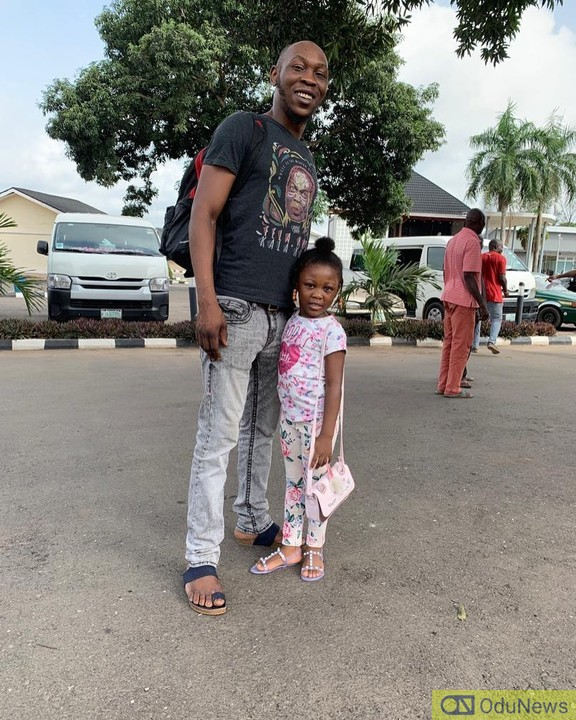 Seun Kuti and his daughter