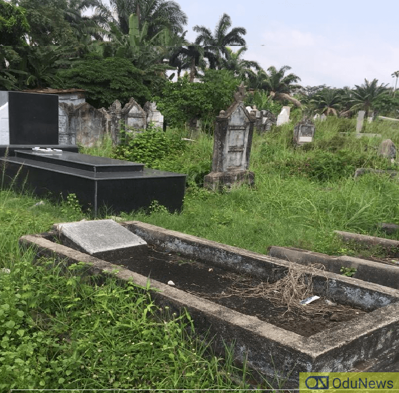Man Digs Up Neighbour's Head From Grave For Money Rituals