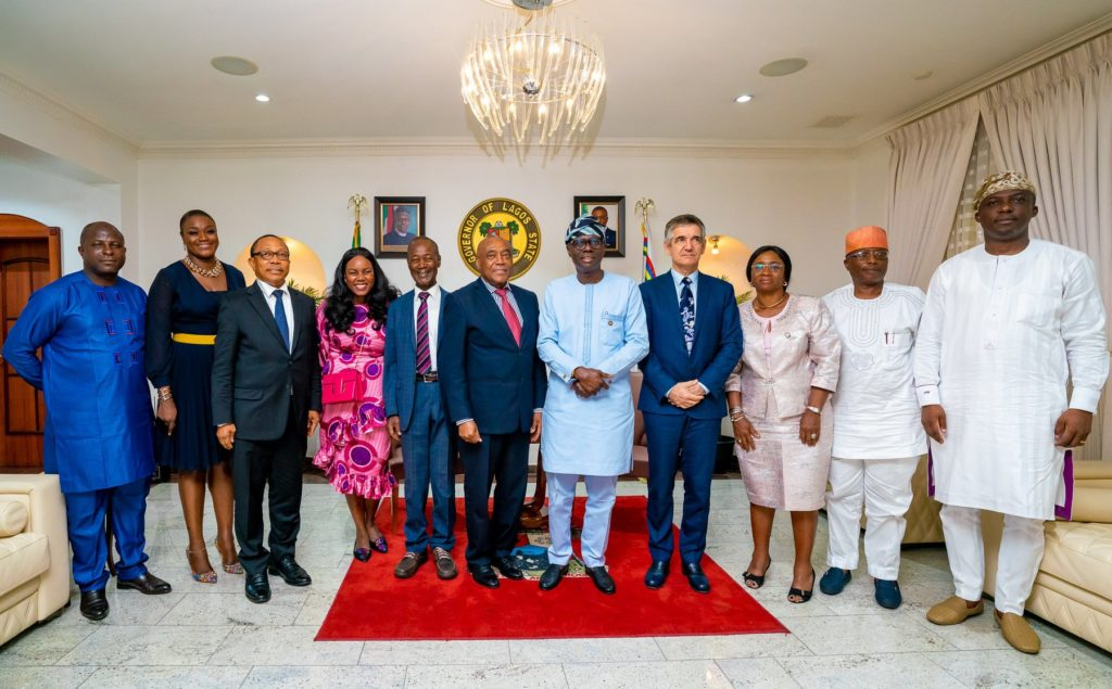 Dangote, Zenith Bank Donate N200m As Relief Fund For Abule Ado Victims