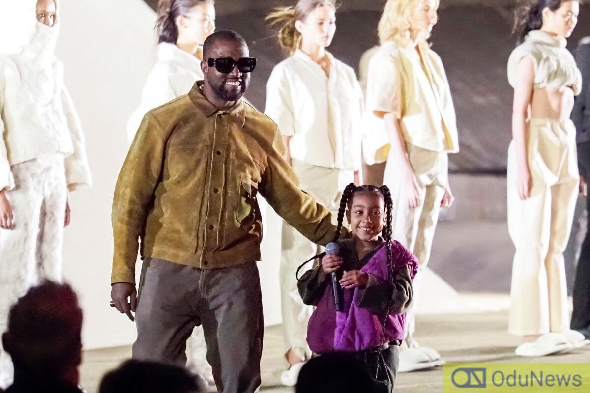 Kanye West joins his daughter on stage