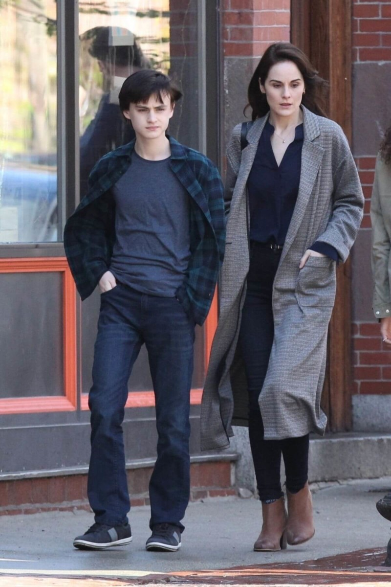 Jaeden Martell and Michelle Dockery on the set of DEFENDING JACOB