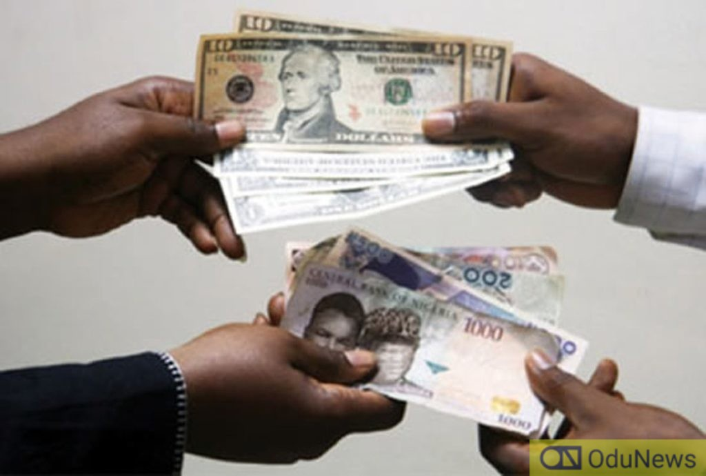 Naira Sells At ₦450/$ At Parallel Market