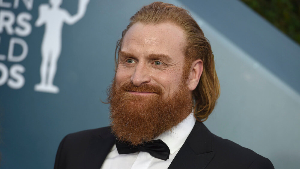 Kristofer Hivju says he only has mild symptoms of cold