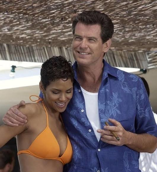 Halle Berry and former James Bond actor Pierce Brosnan on the set of DIE ANOTHER DAY