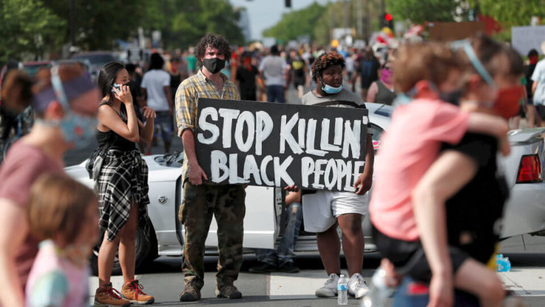 #JusticeForFloyd: Protesters Clash With Police Minneapolis