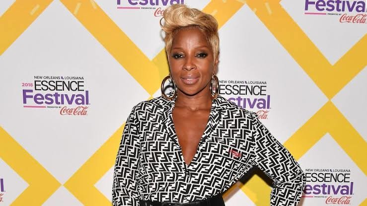 Mary J. Blige is a Grammy Award winning singer
