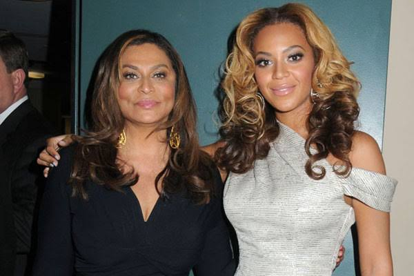 Beyoncé and her mother Tina Knowles