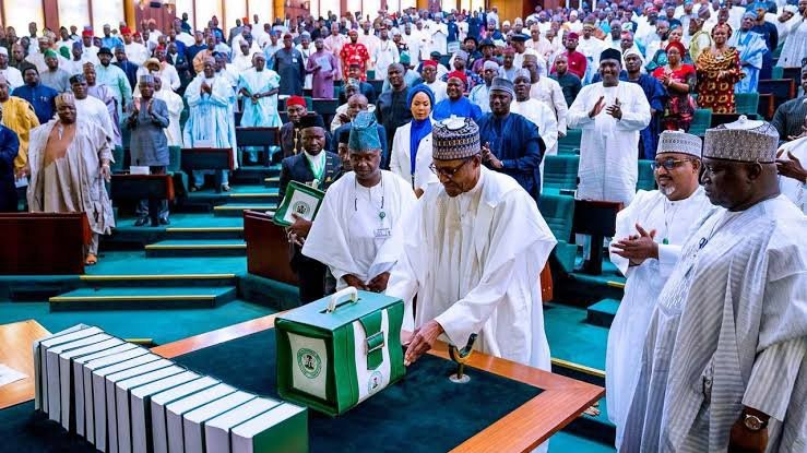 2020 Budget: FG To Reduce Oil Benchmark To $20/Barrel