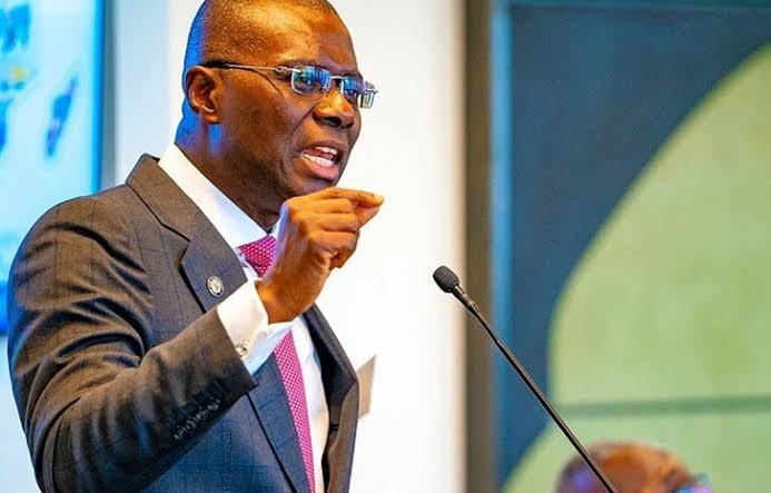 Sanwo-Olu Hints At Declaring Another Lockdown In Lagos As Residents Flood Banks, Markets
