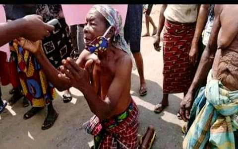 Elderly Woman Protest Half-Naked Against Wike In Rivers