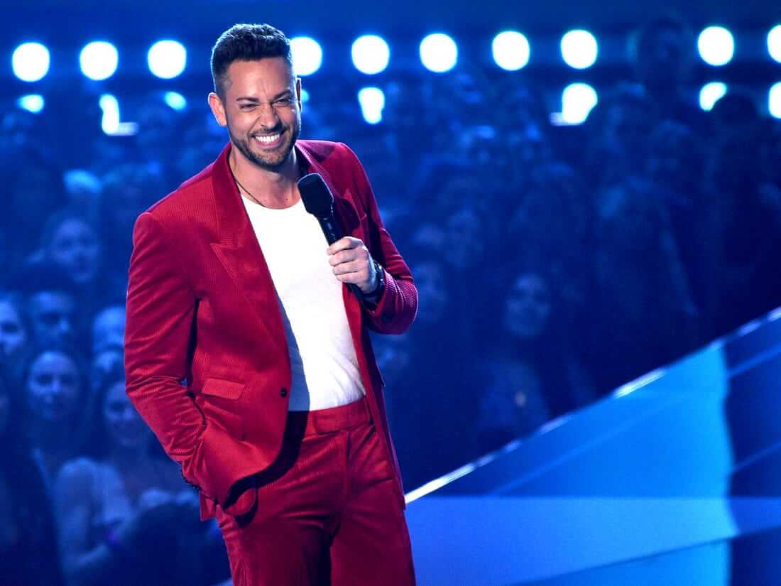 Zachary Levi hosting the 2019 edition of the MTV Movie and TV Awards