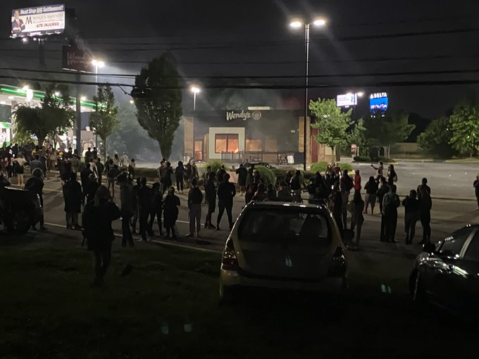 Protesters Set Wendy's on Fire over Rayshard Brooks murder