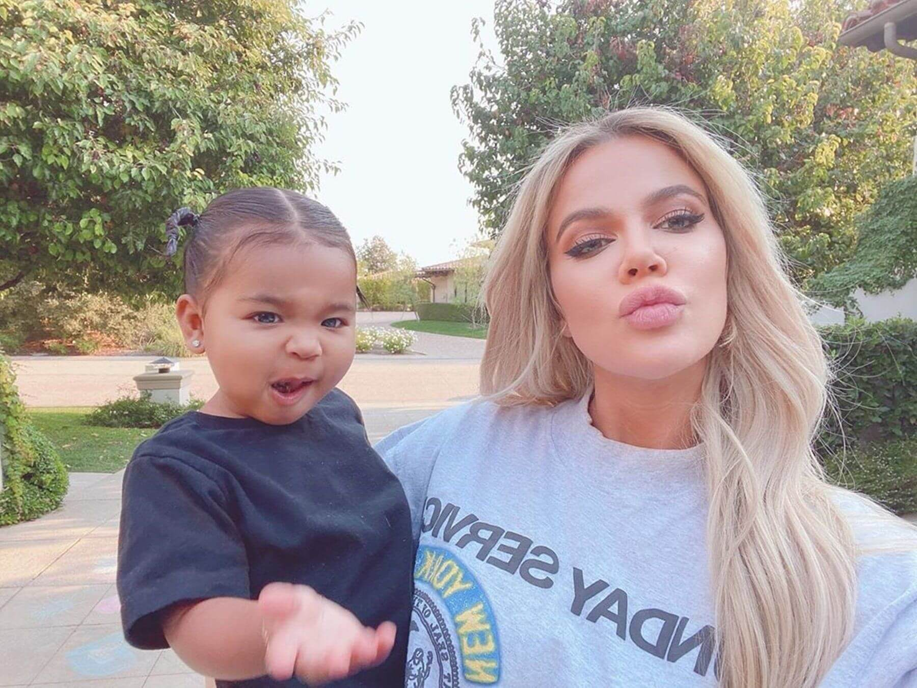 Khloe and daughter True