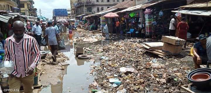Twitter Users Knock Abia Governor, Ikpeazu, Over 'Very Dirty' Environment