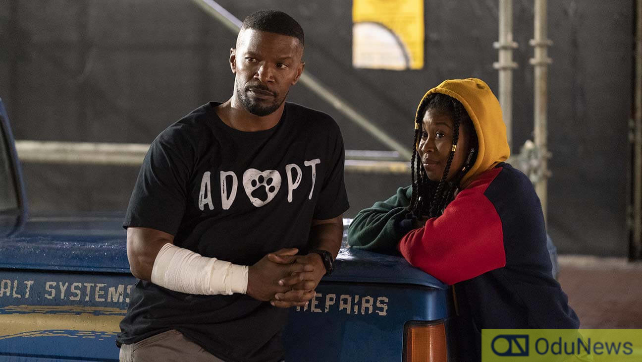 Jamie Foxx and Dominique Fishback in PROJECT POWER