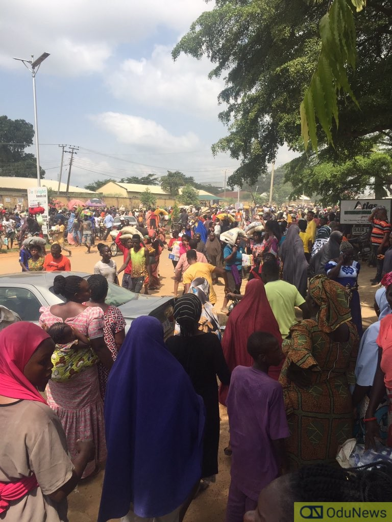 One Killed In Stampede As Residents Storm Warehouse In Gwagwalada
