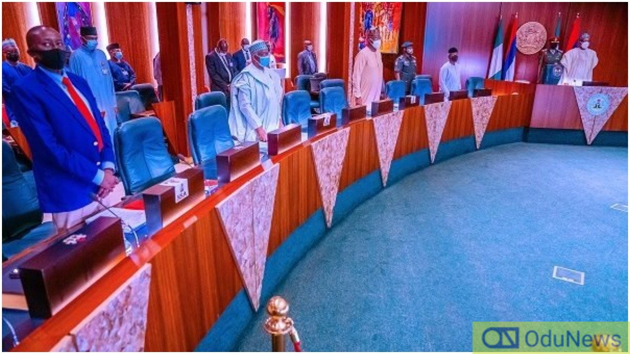 Buhari, Osinbajo, Security Chiefs, Others Hold NSC Meeting