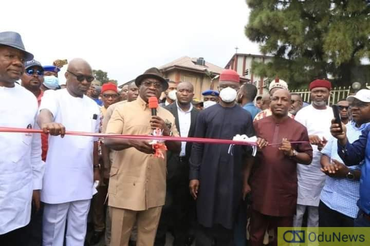Governor Ikpeazu Commissions Another Road In Aba