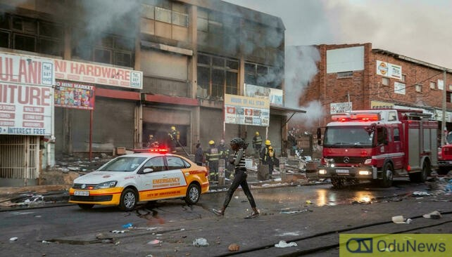 32 Persons Killed In South Africa's Riots Over Zuma's Imprisonment